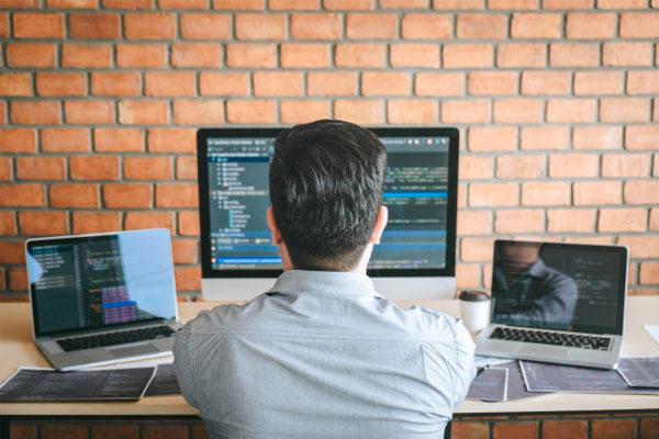 thiết-kế-website-theo-yêu-cầu-chuyên nghiệp